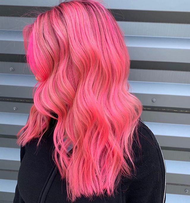 Hot hot hot pink for summer 💕 by @beckah.moxie! . . . #moxiebluesalon #moxiebabes #iamgoldwell #goldwellapprovedus #purepigments #colormania #hotpinkhair #pinkhair #hairgoals #oldcityphilly #bangstyle #behindthechair #modernsalon #americansalon #licensedtocreate #phillyhaircraft #bestofphilly #phillybesthair