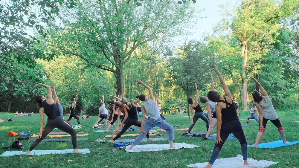 YOGA IN THE PARK CLASSES - Click the button below for the EXACT LOCATION in Edinburgh Gardens