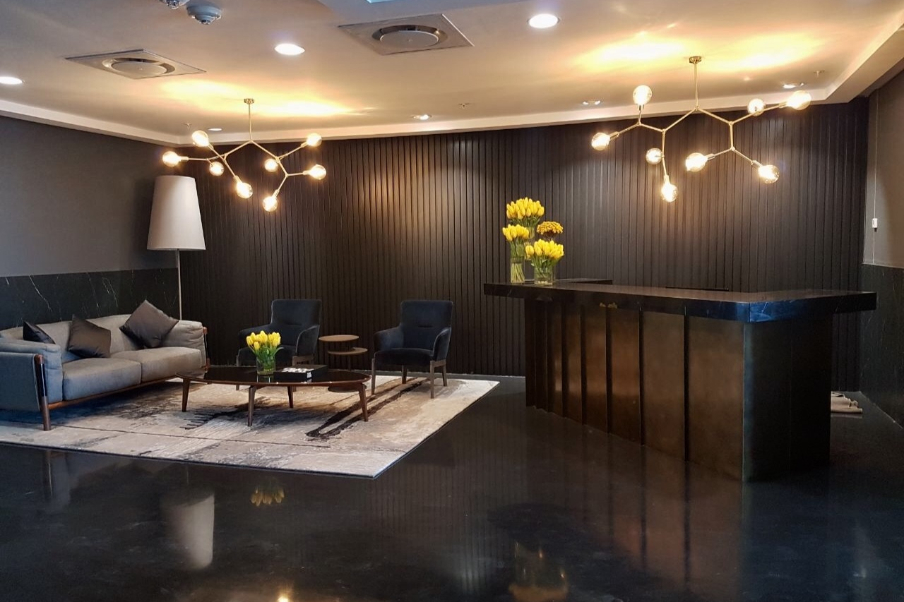 Executive Offices, Portside Blvd, CBD  See More