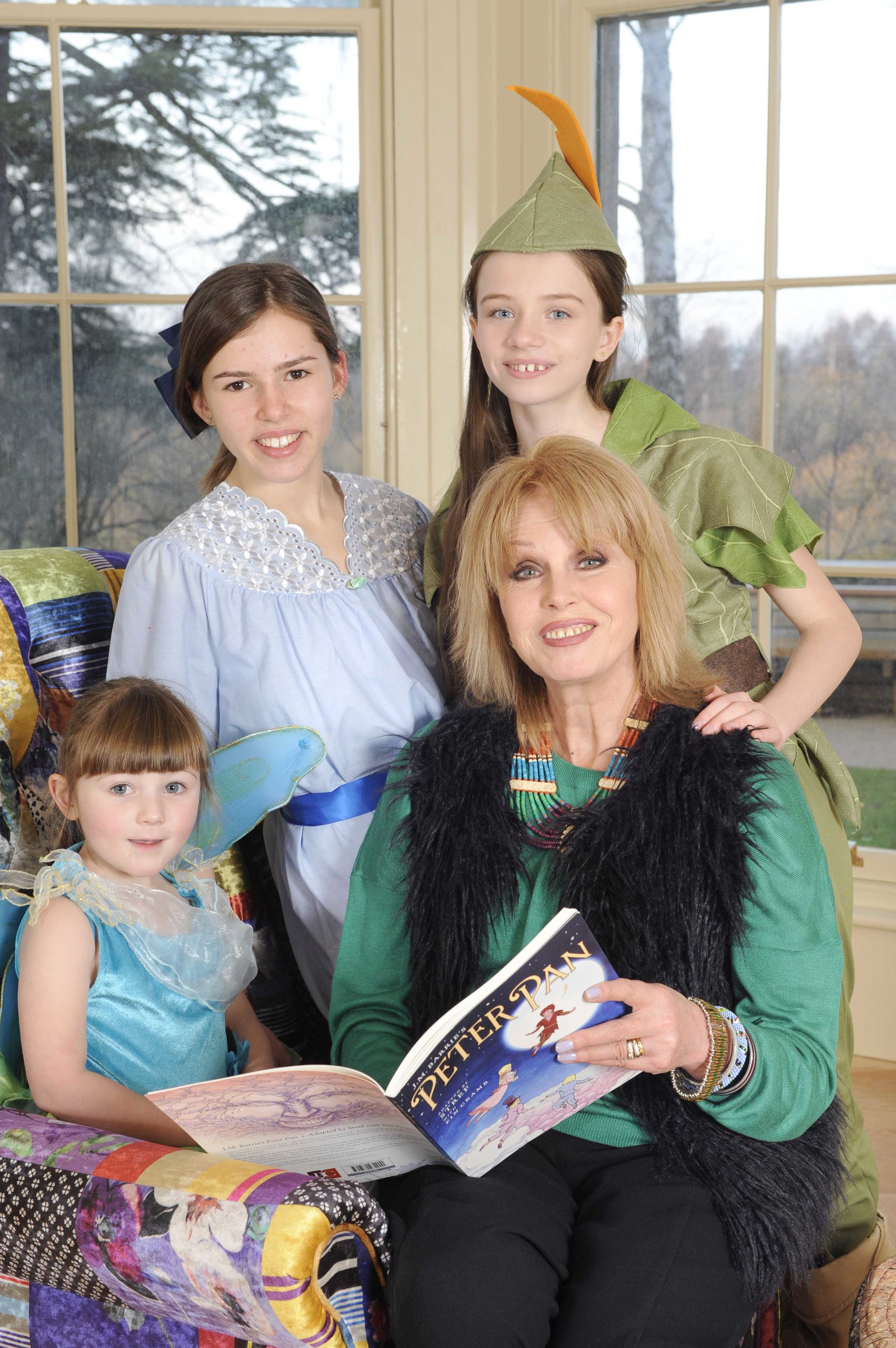 FREE Joanna Lumley At Peter Pan Childrens Centre MED RES 04.jpg