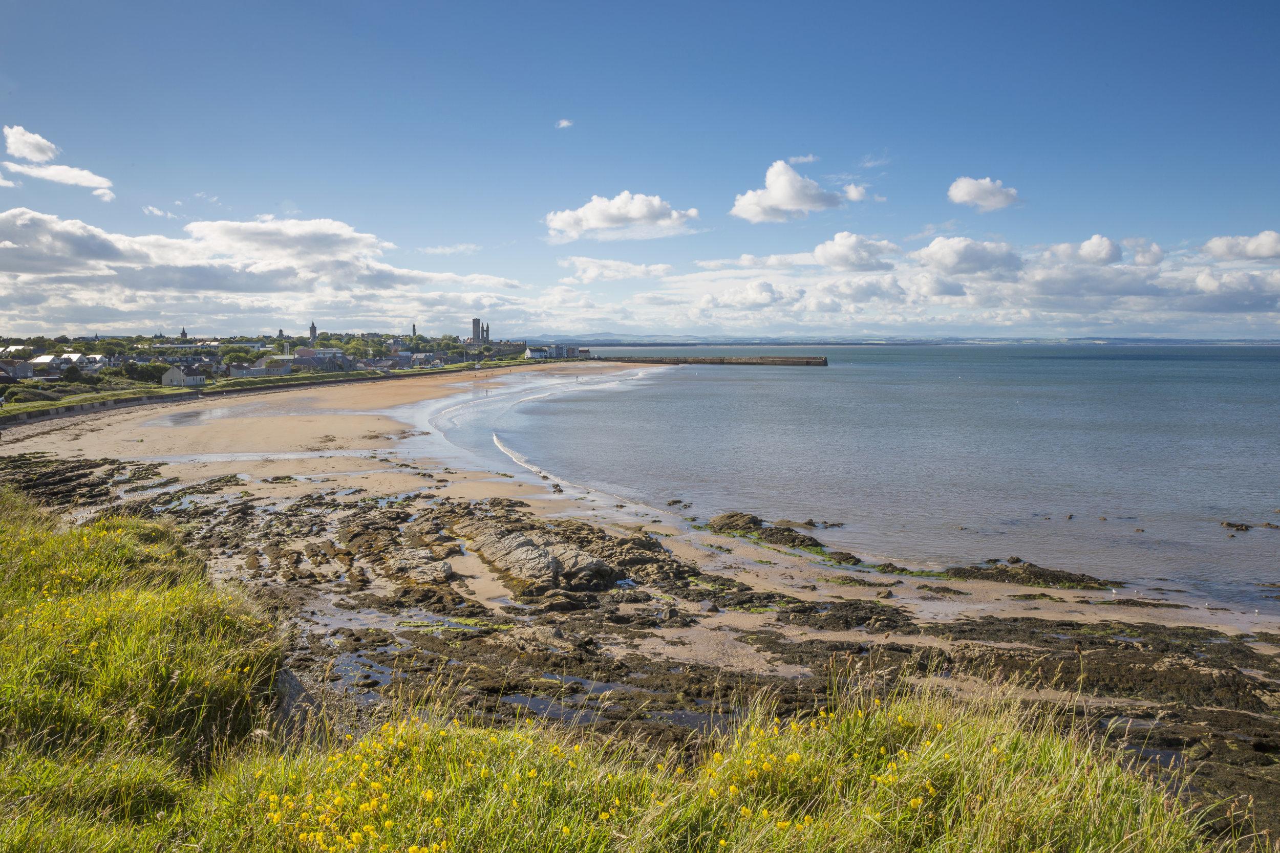 St Andrews visitscotland_36646828408.jpg