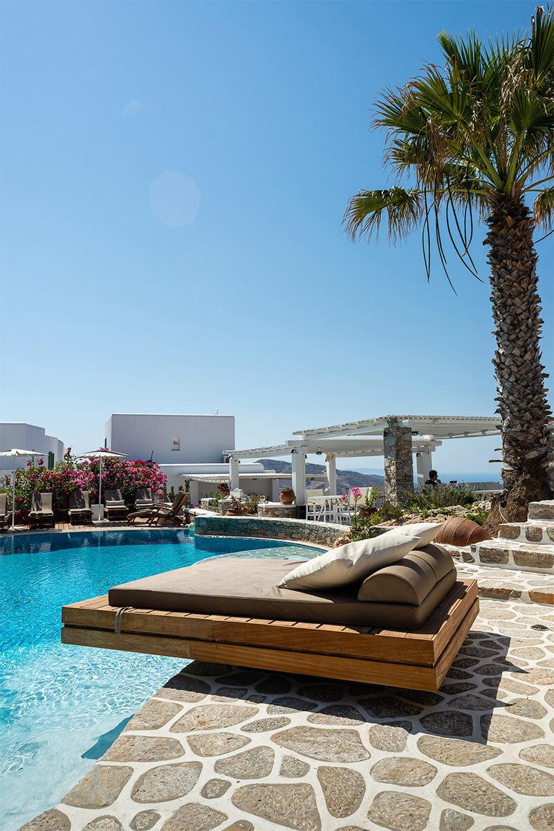 anemomilos-apartments-folegandros-exterrior-views-11-1.jpg