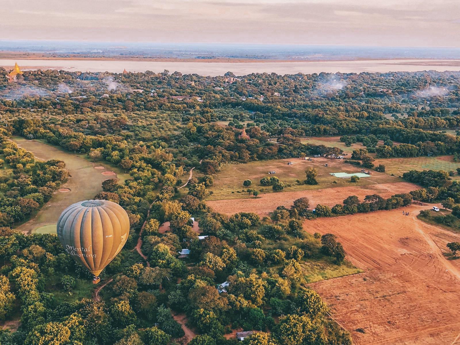 Bird's Eye View - Oriental Ballooning