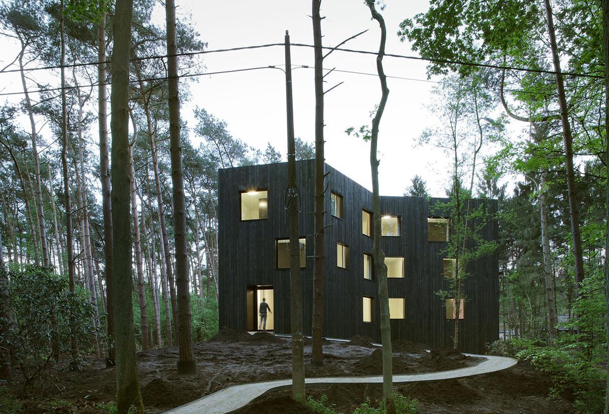 51N4E Huis aan_t Laar . Zoersel (0).jpg