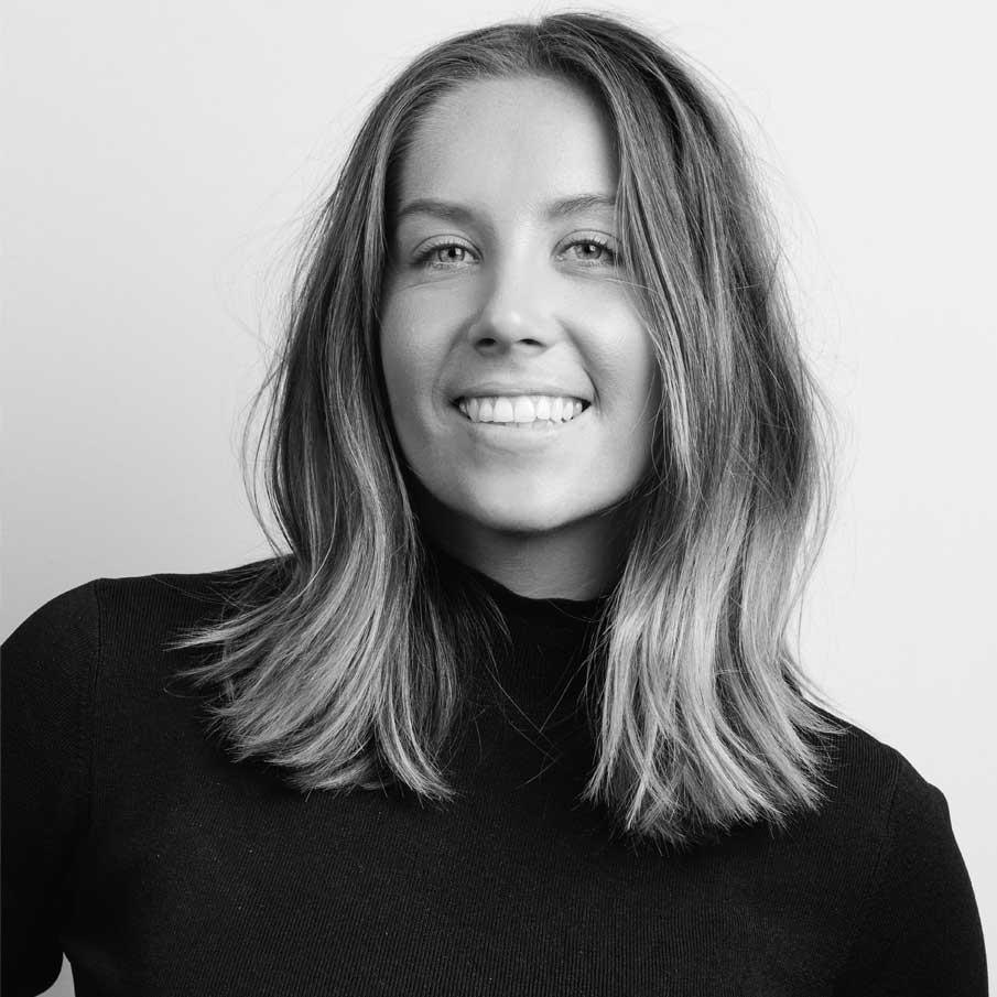 Chloe Mitchell - Account Director at EdelmanYes Queen PR + Brand Specialist