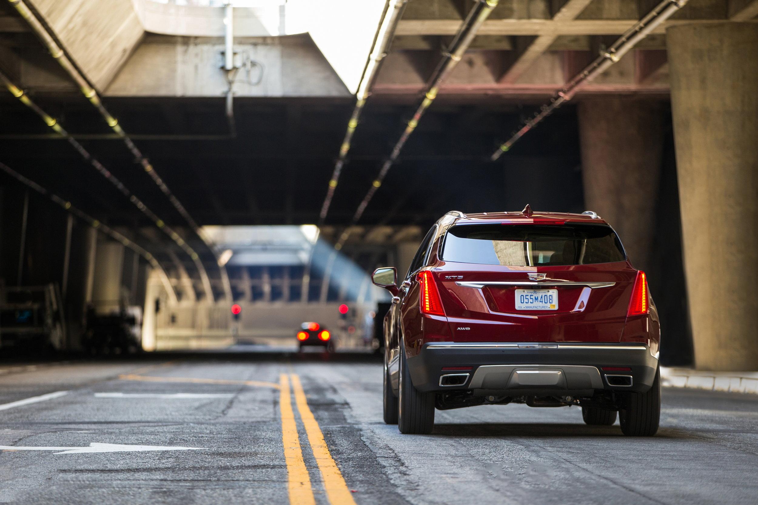 2017-Cadillac-XT5-065.jpg