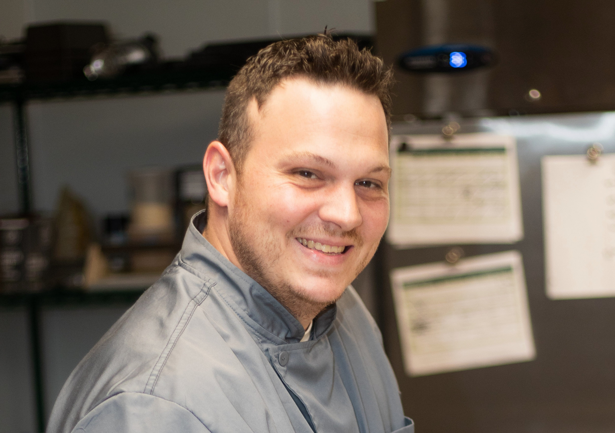 Meet Chef CHARLES - Our highly experienced Culinary Director is passionate about top quality, seasonal ingredients. He believes splendid cuisine starts from scratch — from his rustic Bolognese sauce to his savory soup stocks. Read more ↝