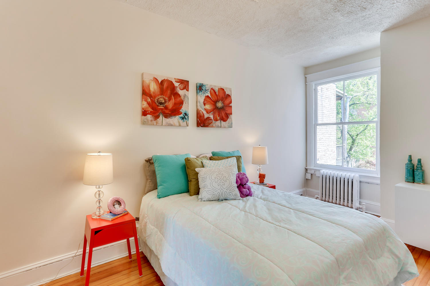 3143 19th St NW Washington DC-large-036-33-Bedroom-1500x1000-72dpi.jpg