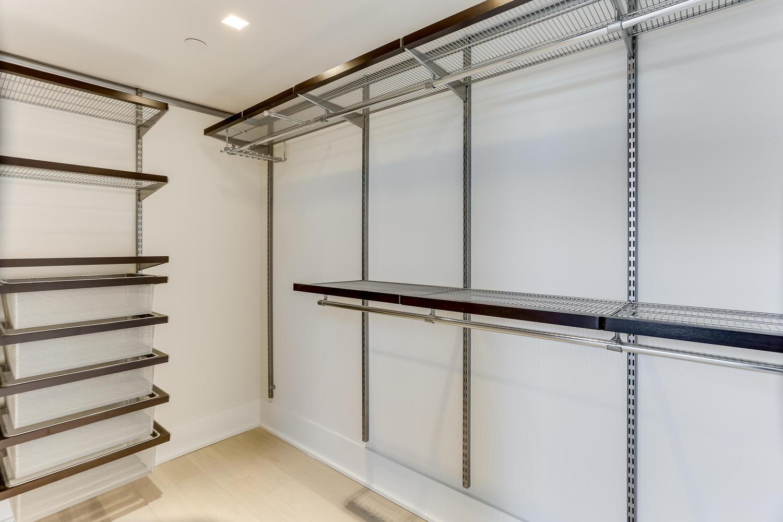 1001 Monroe St NW 4 Washington-large-030-32-Master Closet-1500x1000-72dpi.jpg