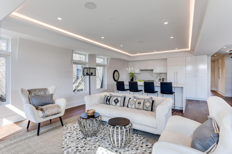 1001 Monroe St NW 5 Washington-large-016-47-Living Room-1500x1000-72dpi.jpg