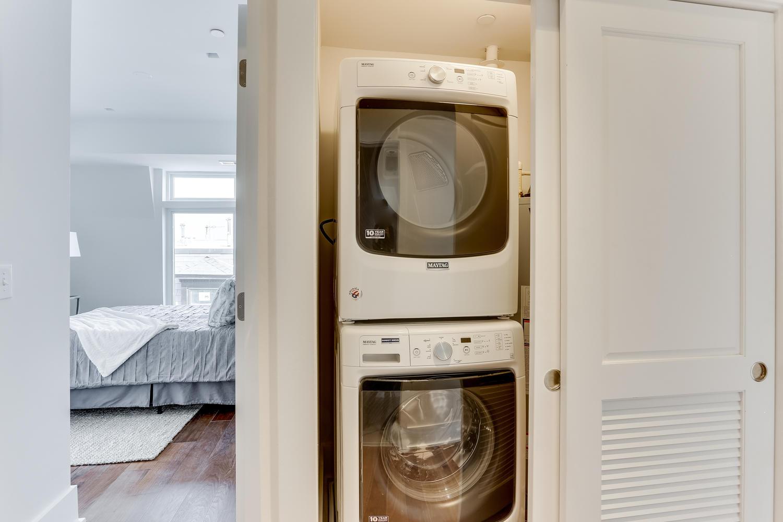 1001 Monroe St NW 5 Washington-large-059-37-Laundry-1500x1000-72dpi.jpg