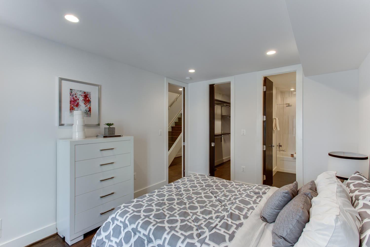 1524 Ogden St NW Unit 2-large-018-31-Bedroom-1500x1000-72dpi.jpg