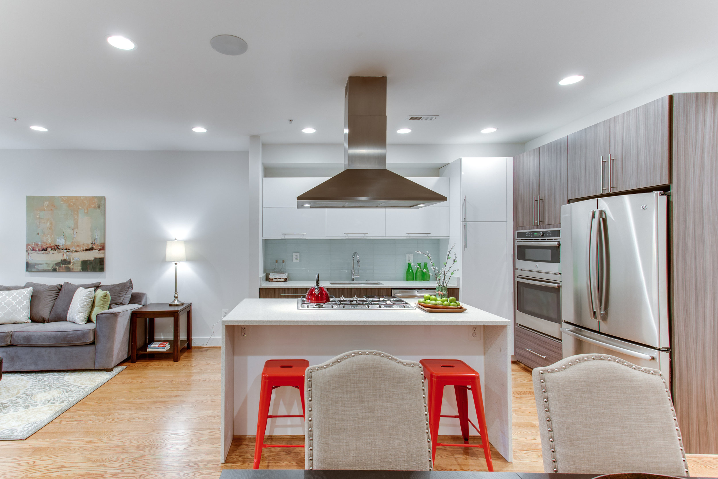 4511 Iowa Ave NW Unit 1-print-024-24-Kitchen-4200x2800-300dpi.jpg