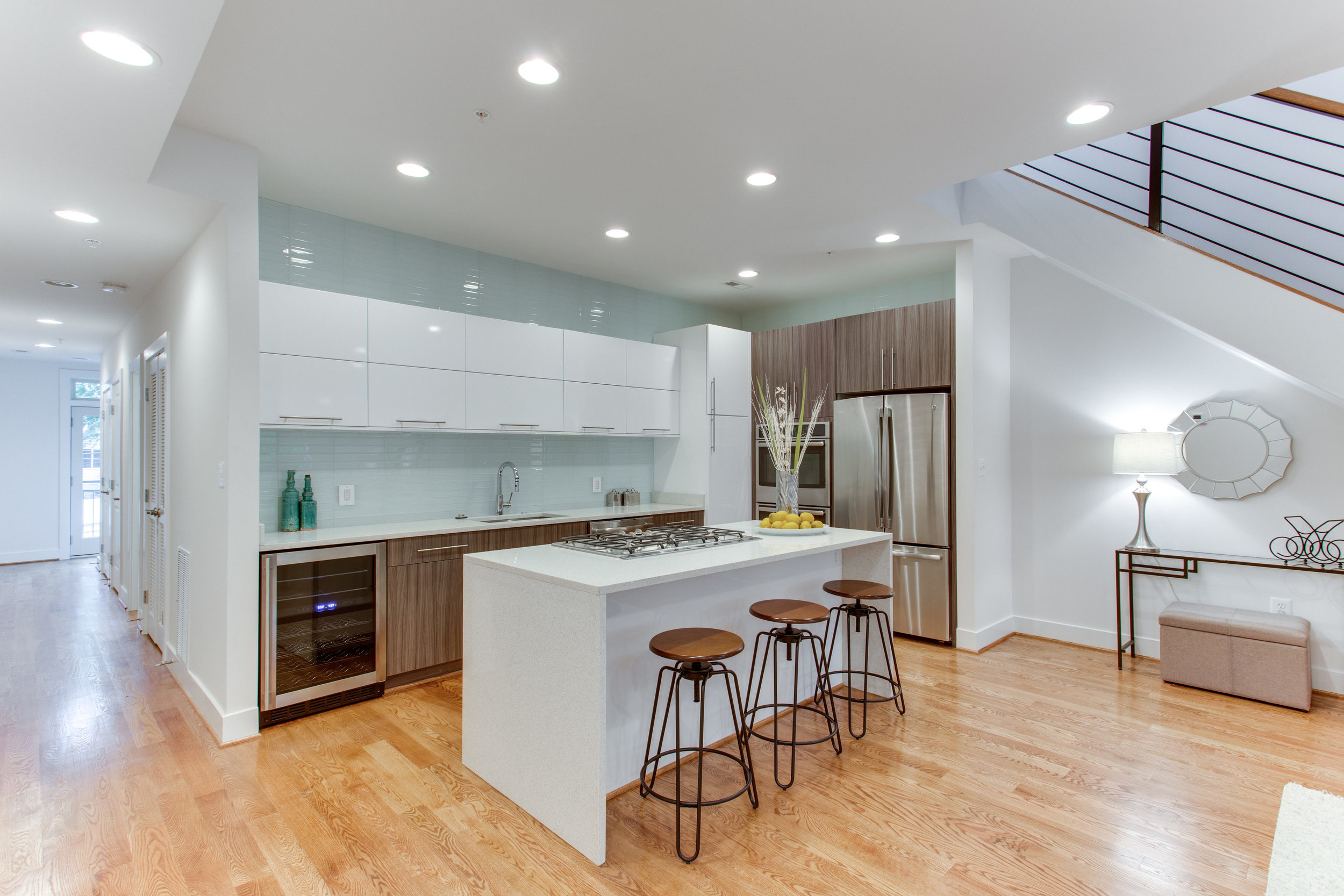 4511 Iowa Ave NW Unit 3-print-004-39-Kitchen-4200x2800-300dpi.jpg