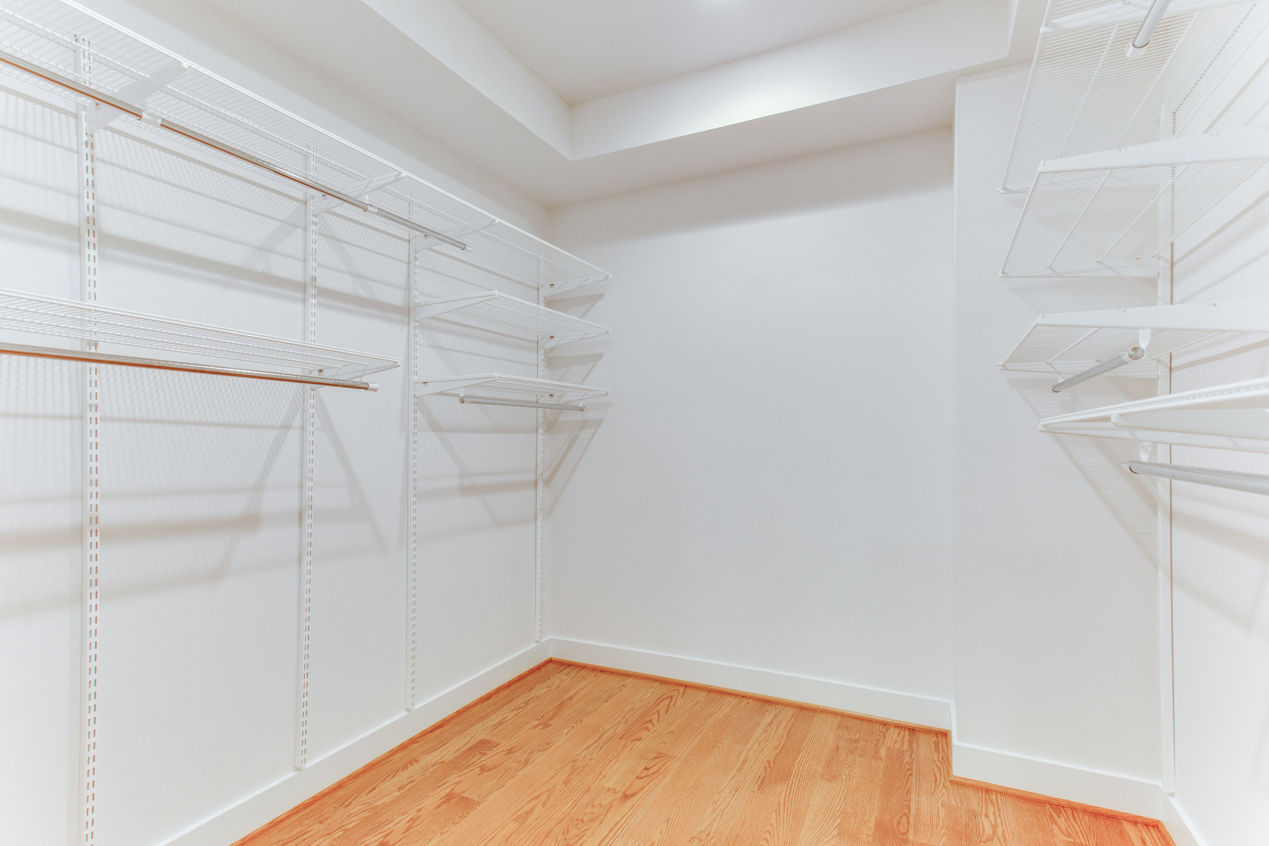 4511 Iowa Ave NW Unit 3-print-043-13-Master Closet-4200x2800-300dpi.jpg