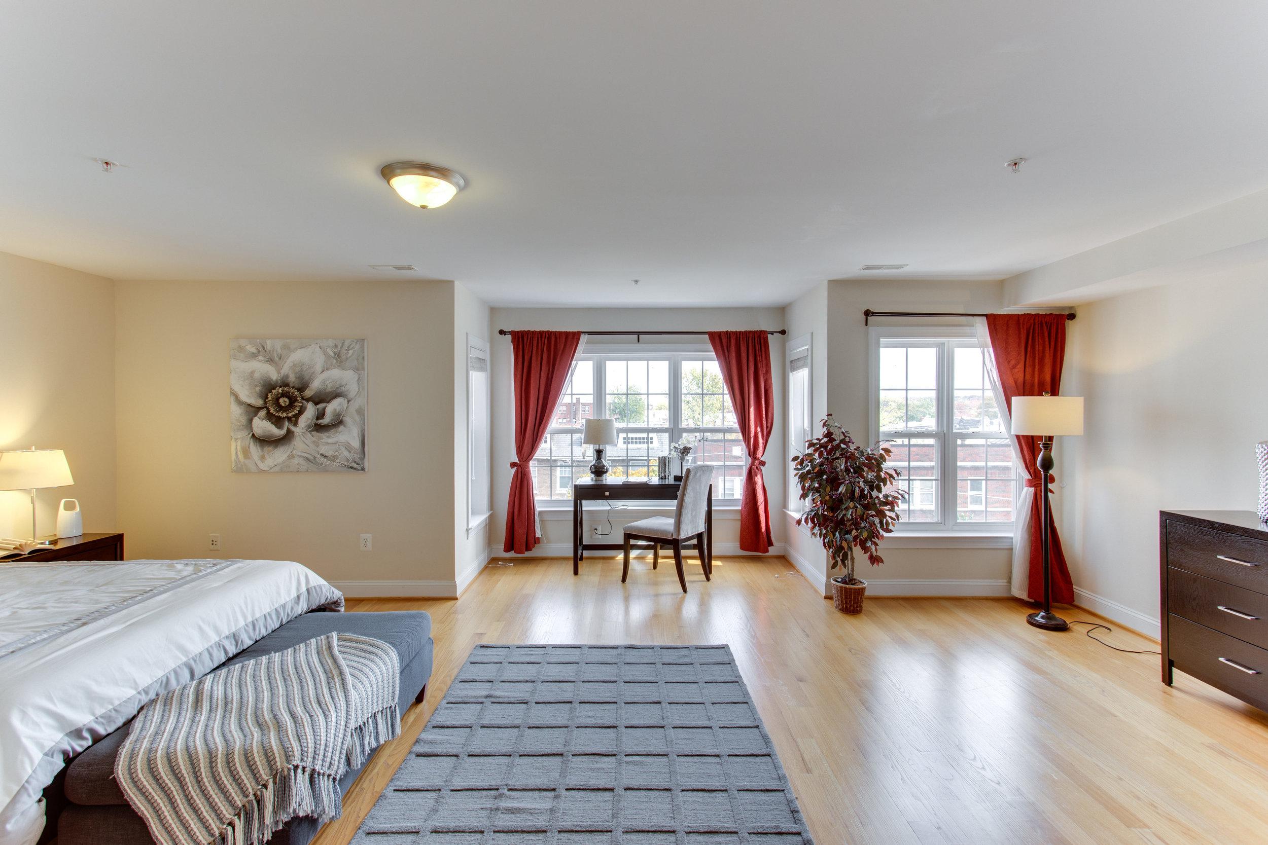 5522 9th St NW Unit 1-print-037-43-Master Bedroom-4200x2800-300dpi.jpg