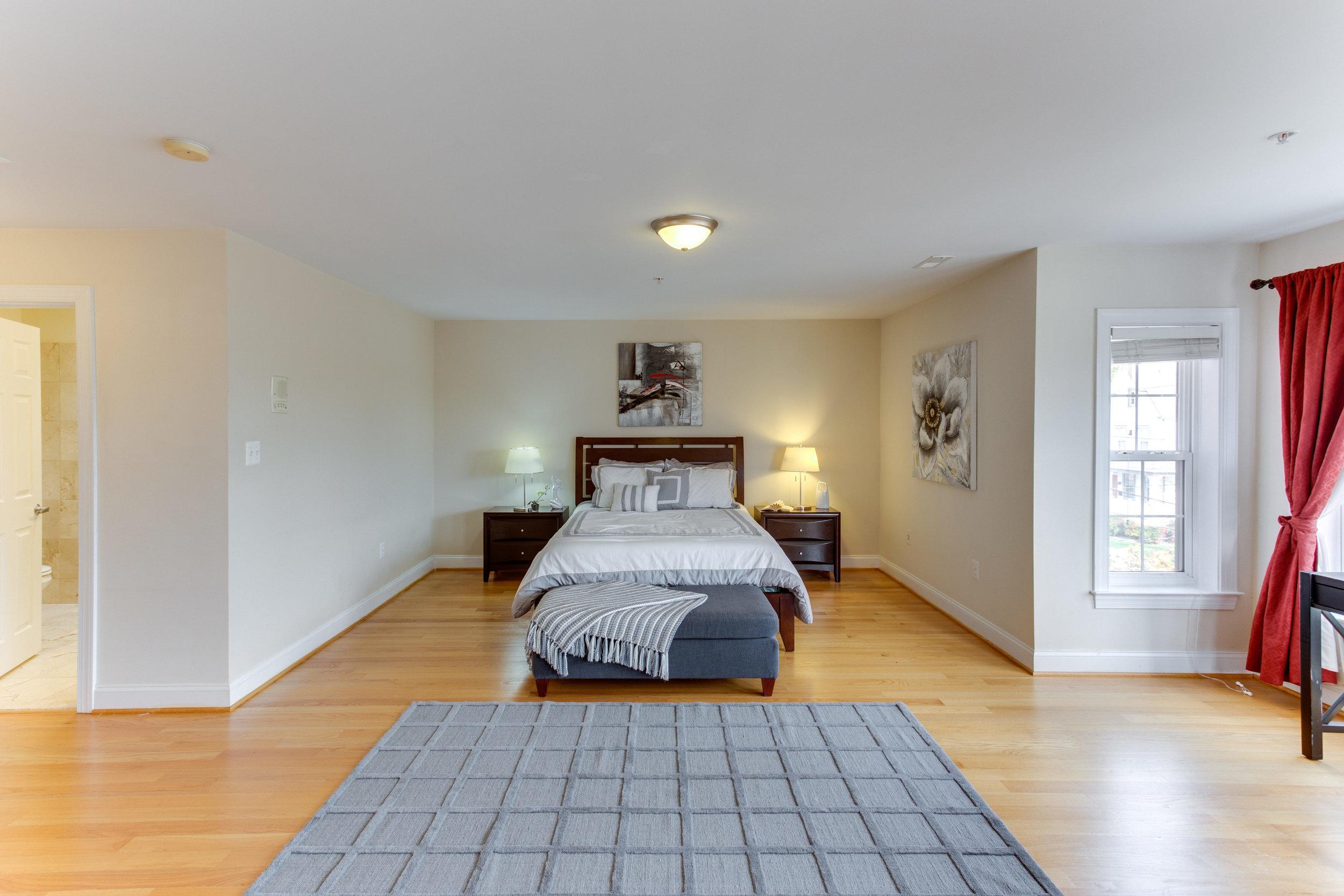 5522 9th St NW Unit 1-print-039-8-Master Bedroom-4200x2800-300dpi.jpg