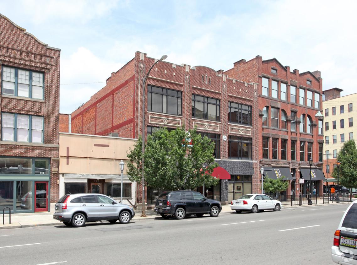 Front of Building 1.jpg