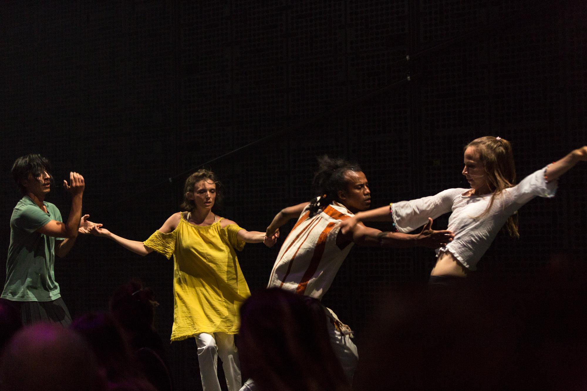 resonance3_dancers.jpg