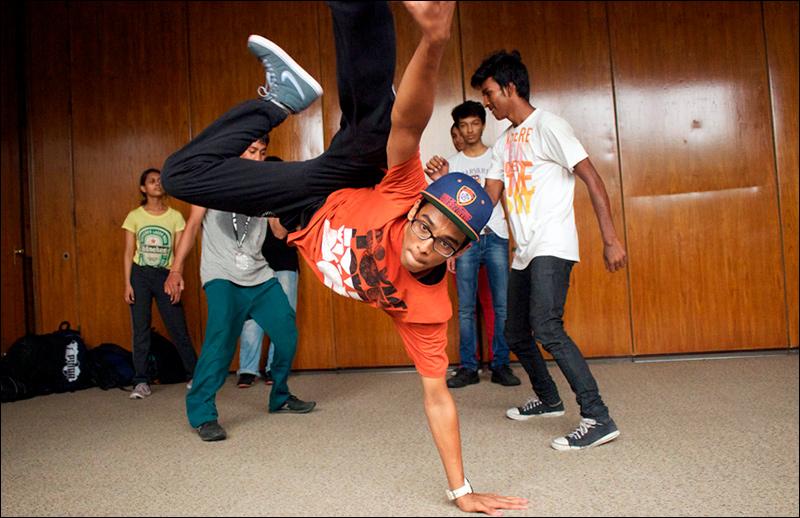 Посольство США откроет в Ташкенте бесплатные уроки хип-хопа -