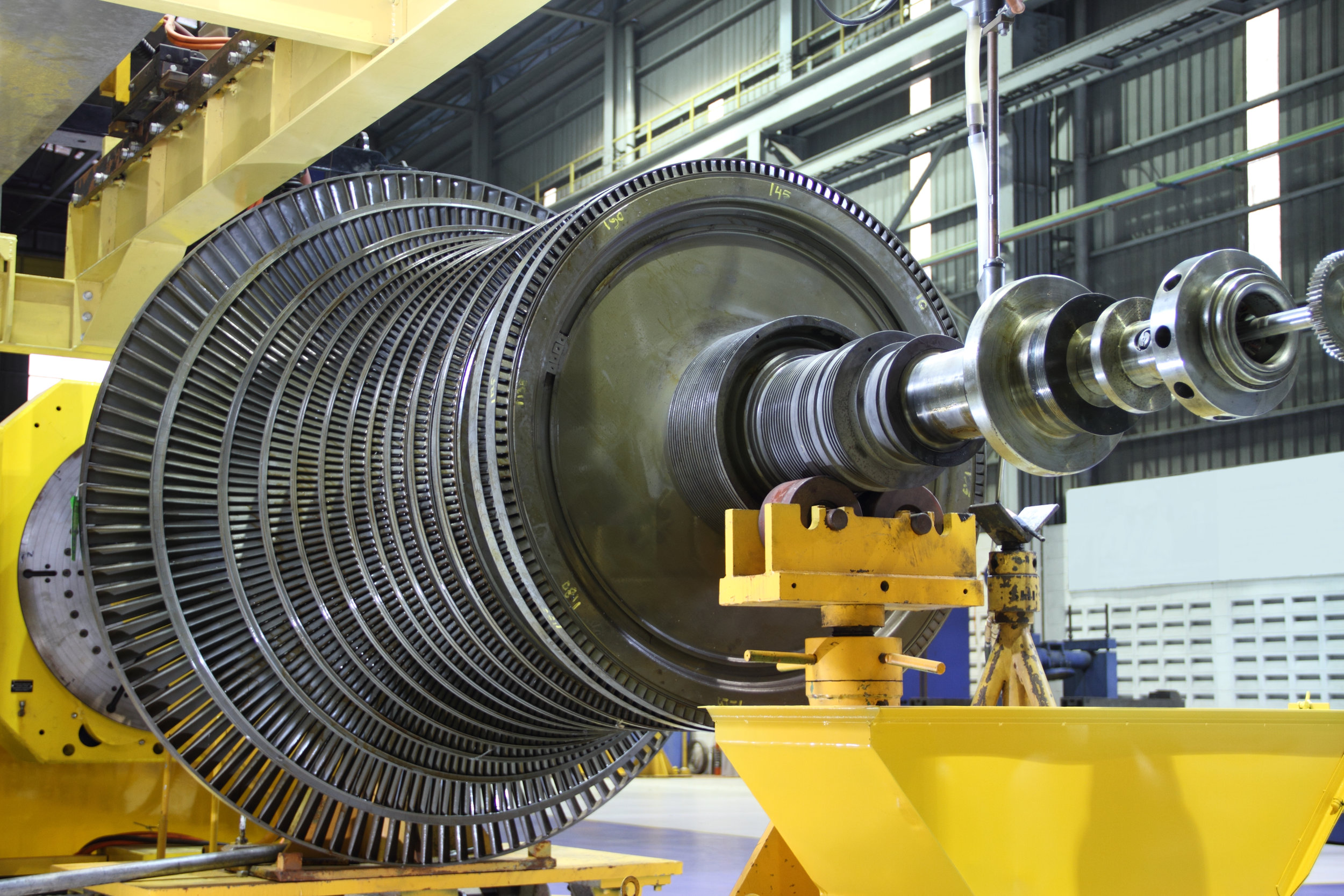 Heavy Equipment + Machinery - Providing exceptional vibration isolation and damping for applications demanding extreme service life in harsh environments.