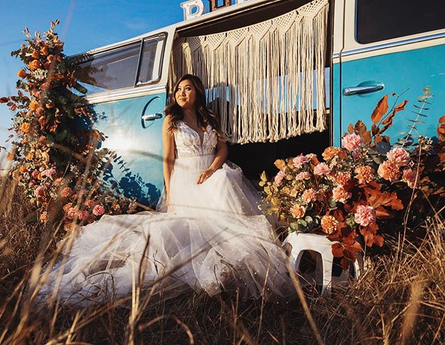 So ready to bombard your timeline with these photos. So grateful to have been apart of this amazing shoot with such awesome creatives! --------------------------------------- Photo bus: @sustainabili.babe Flowers: @wonderflorals_  Dress: @unbridaled  Model: @annpanada