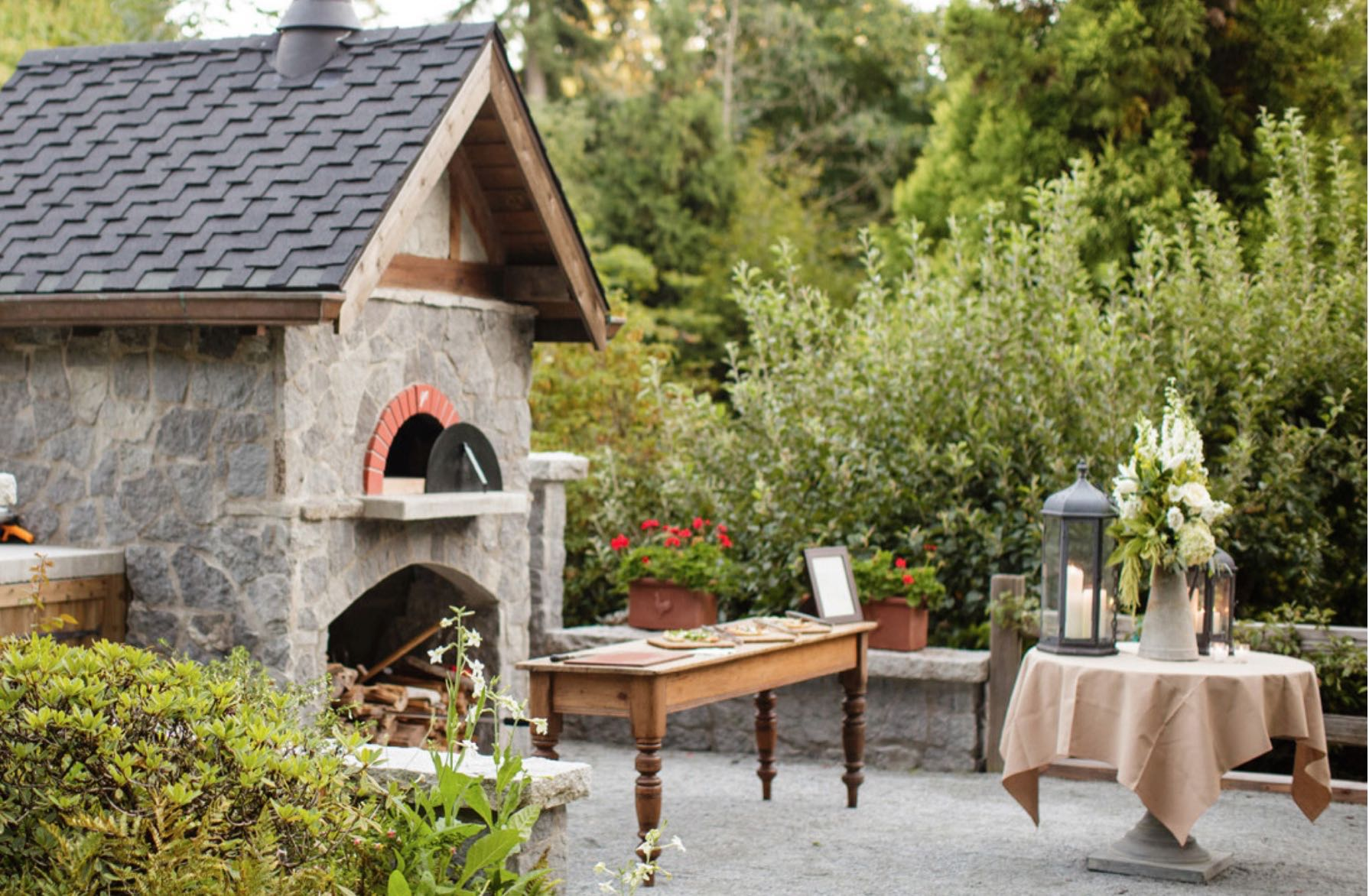 Wood-fired pizza oven at Bella Luna Farms