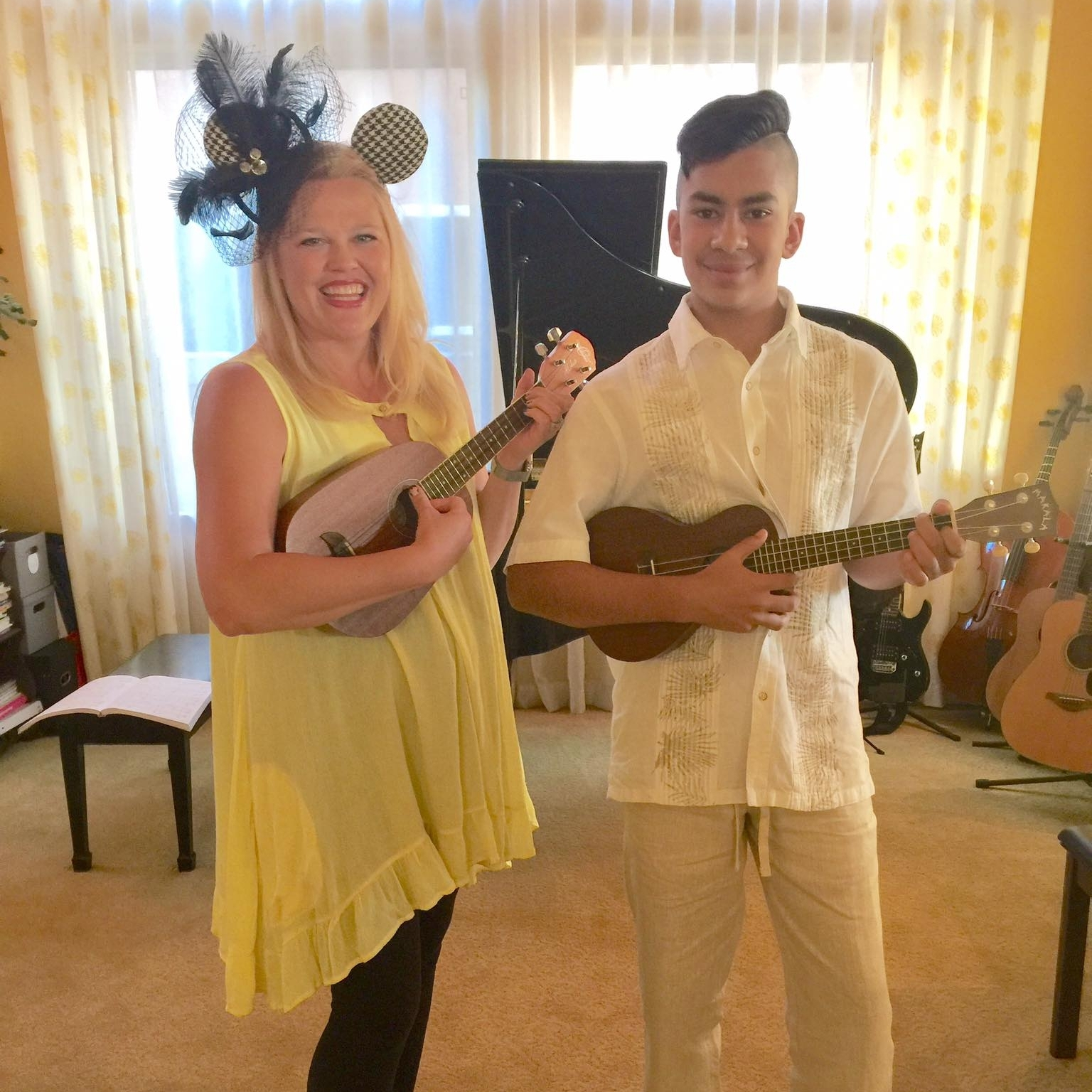 gallery-ukulele-music-duet-disney-showcase-student-highlight-fall-2017.jpg