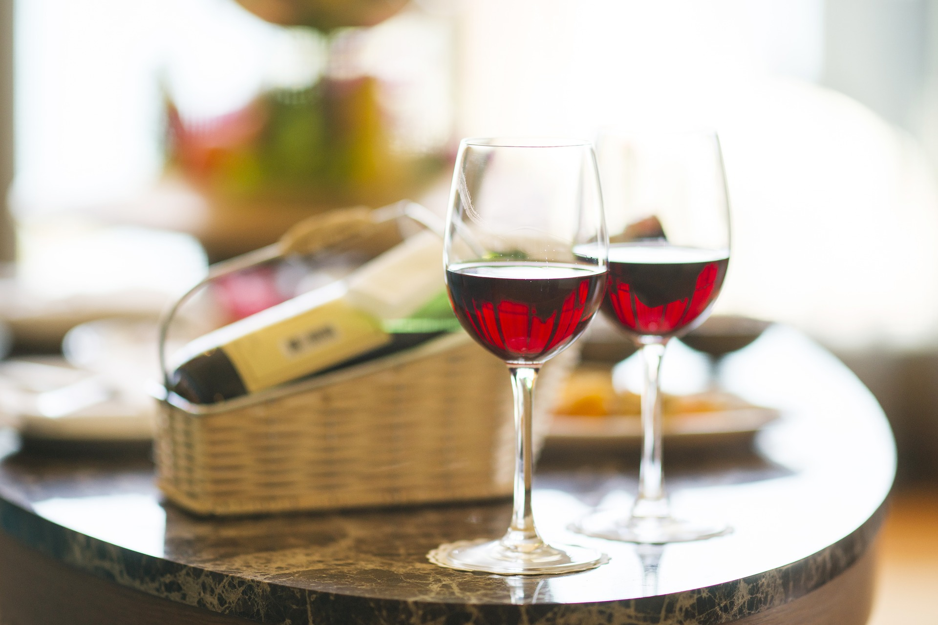 INDULGE - We will enjoy a special wine tasting experience