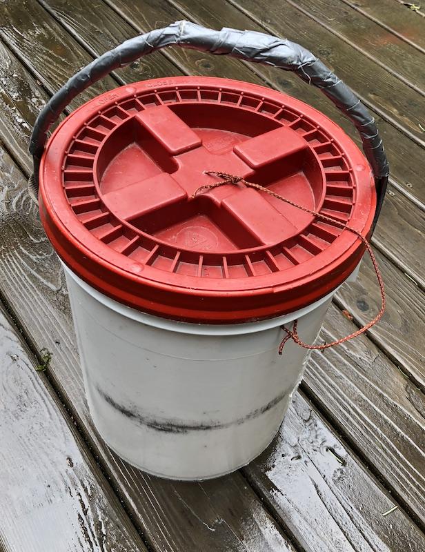 wall bucket 2.JPG