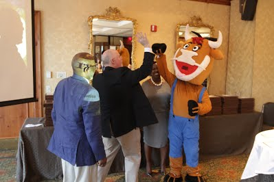 Wooly No Bully celebrating the victory at the NCSPRA Blue Ribbon Awards ceremony.