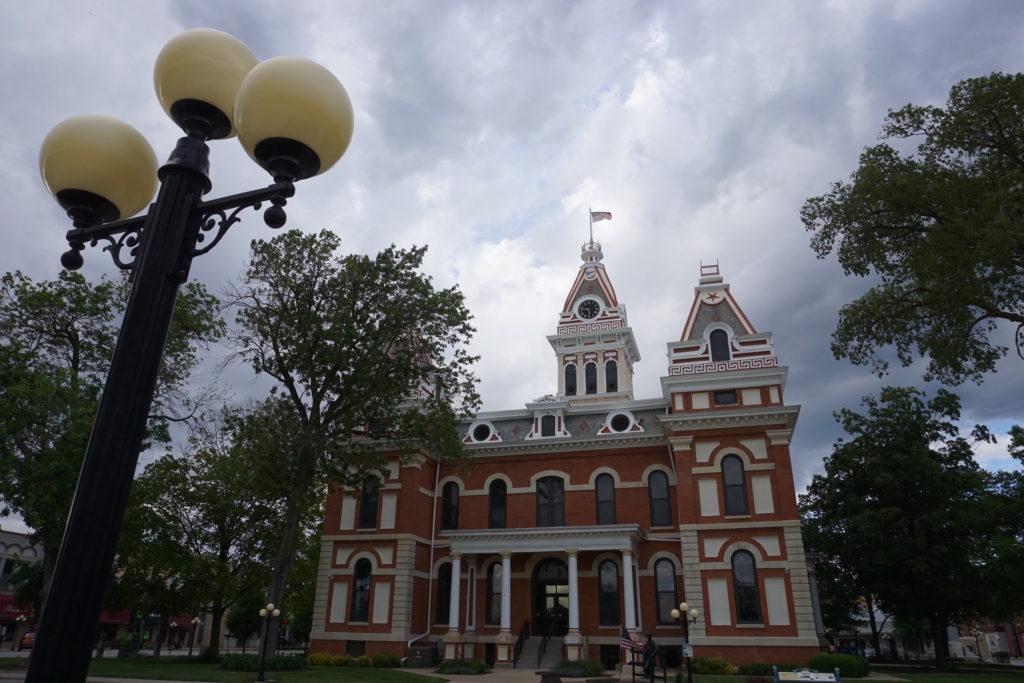 Pontiac-IL-courthouse-1-1024x683.jpg