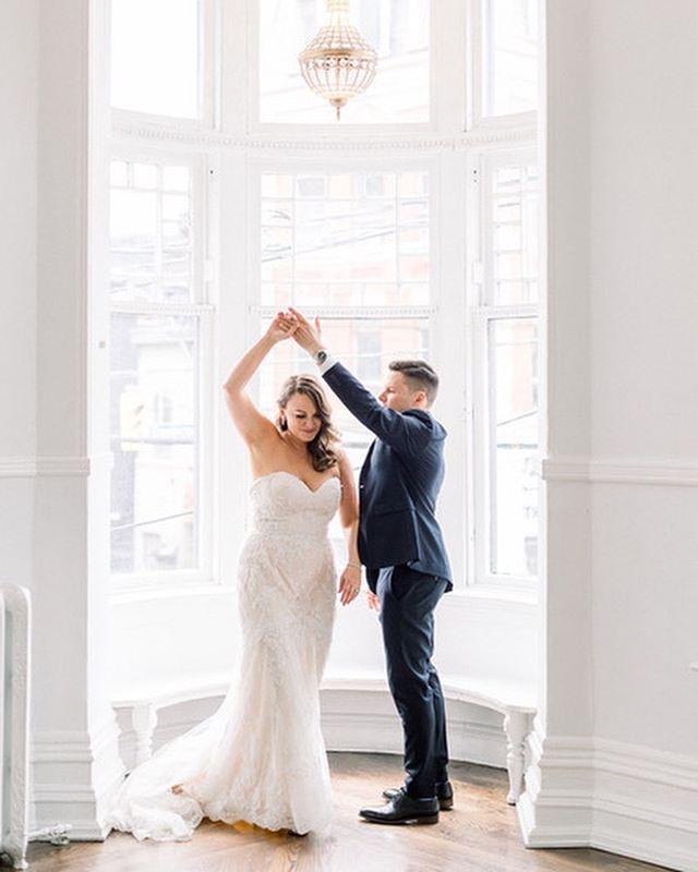 Thank you @elishab73 for sending me your stunning wedding photos by @corinavphotography. You look absolutely stunning ❤️❤️❤️ Thank you for your patience with us and Congrats again xoxoxo . . . #jevisbridal #shesaidyestothedress #weddingdresses #weddingdress #weddingdressshopping #weddinggown #weddinggowns #torontobridalshop #torontobridalstore #torontodesigner #canadiandesigner #bridesmaiddresses #flowergirldresses #eveningdresses #wegotitall #customweddingdresses  #madetofitweddingdress #veils #customveils #weddingveils