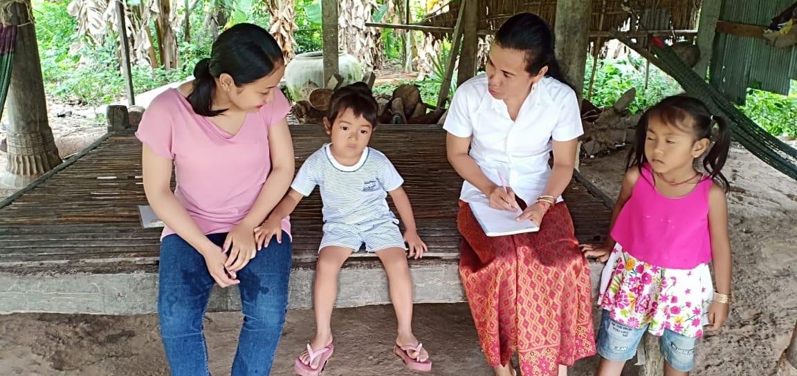 Chraksdao Village Based Preschool Teacher Por Chanthhorn. អ្នកគ្រូប៉ោ ចាន់ថន គ្រូមតេ្តយ្យសិក្សាសហគមន៌ភូមិ ច្រកស្ដៅ