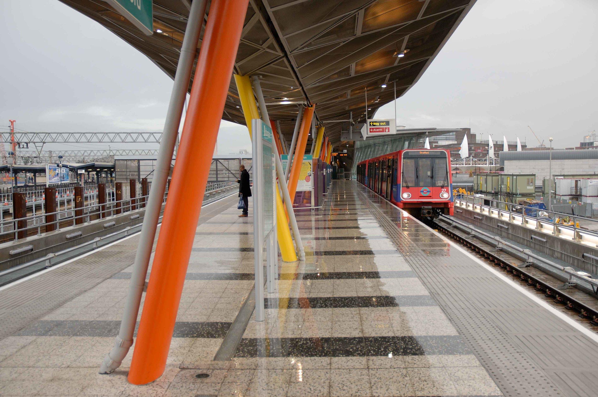 Stratford DLR station architecture