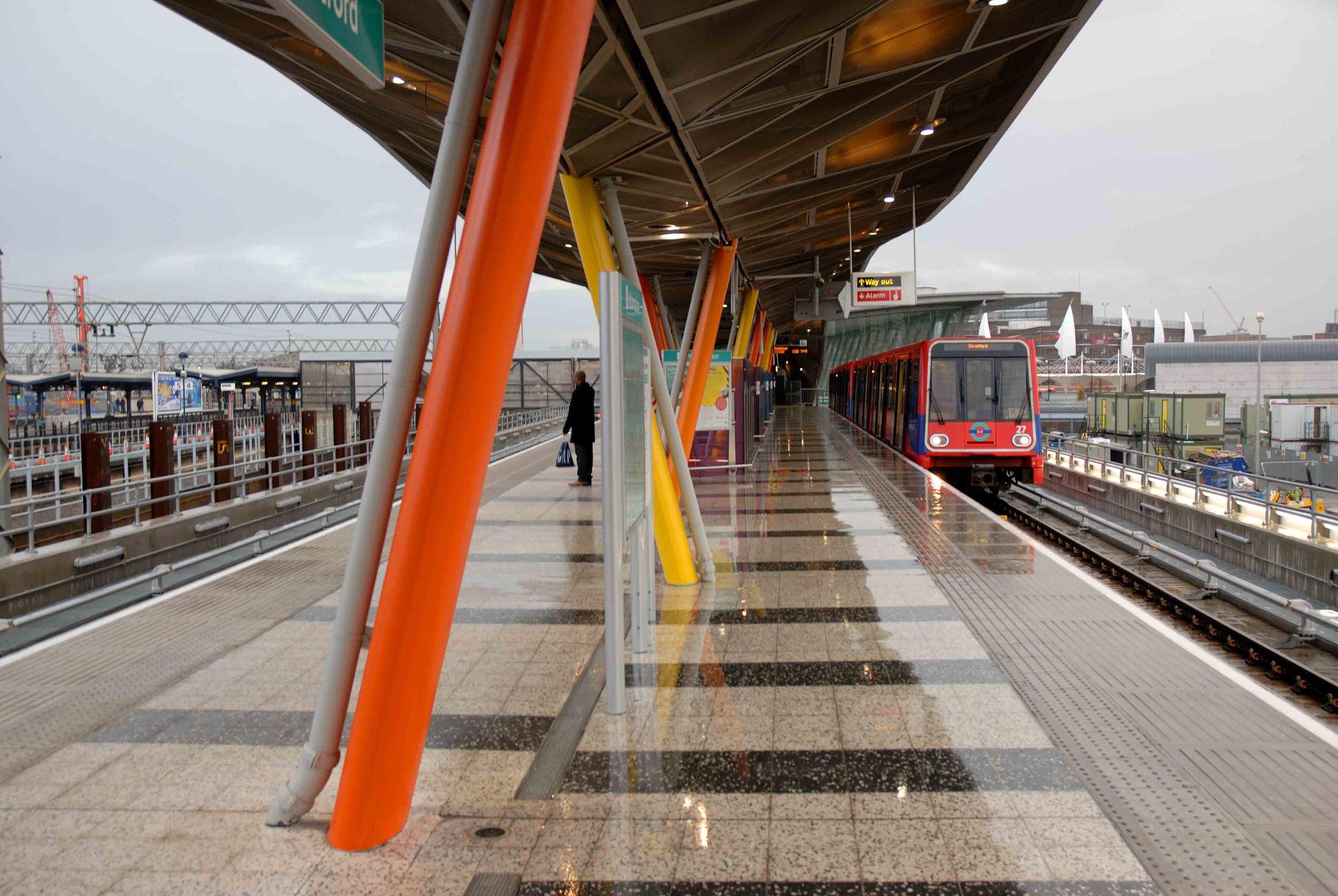Stratford_Station (8).jpg