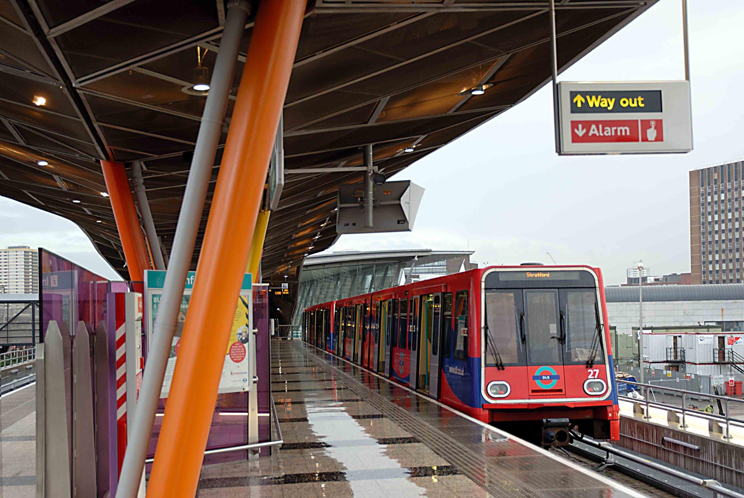 Stratford_Station (9).jpg