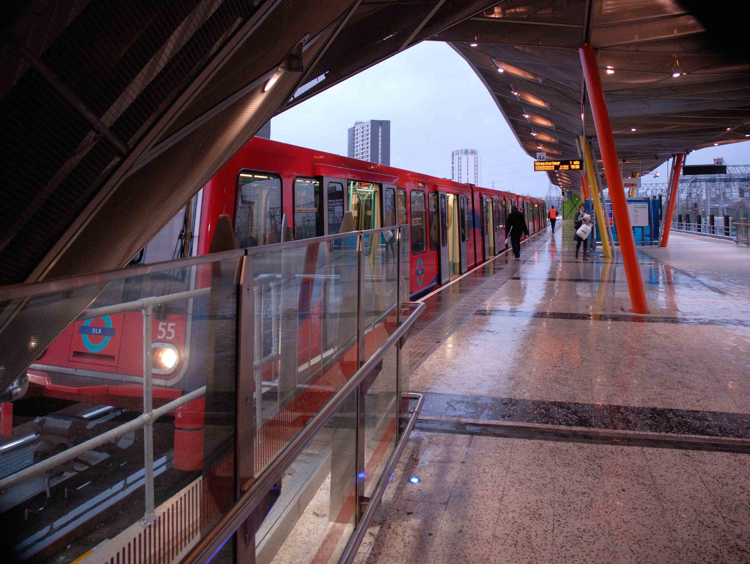 Stratford_Station (10).jpg