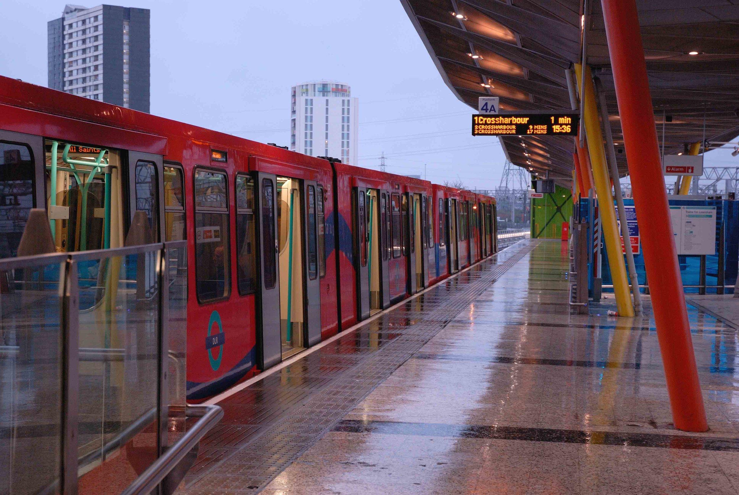 Stratford_Station (11).jpg