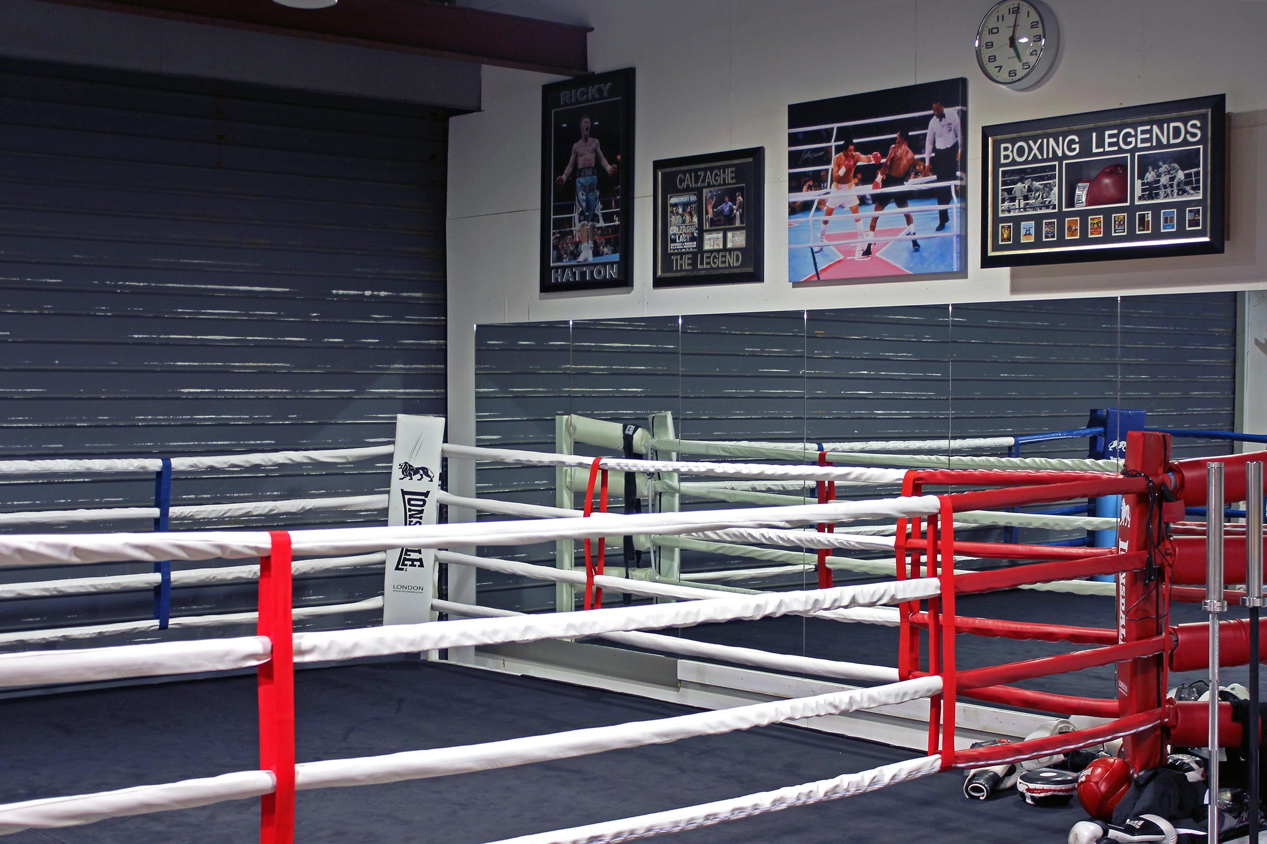 Barry McGuigan's Gym @ Testbed 1 London aLL Design (4).jpg