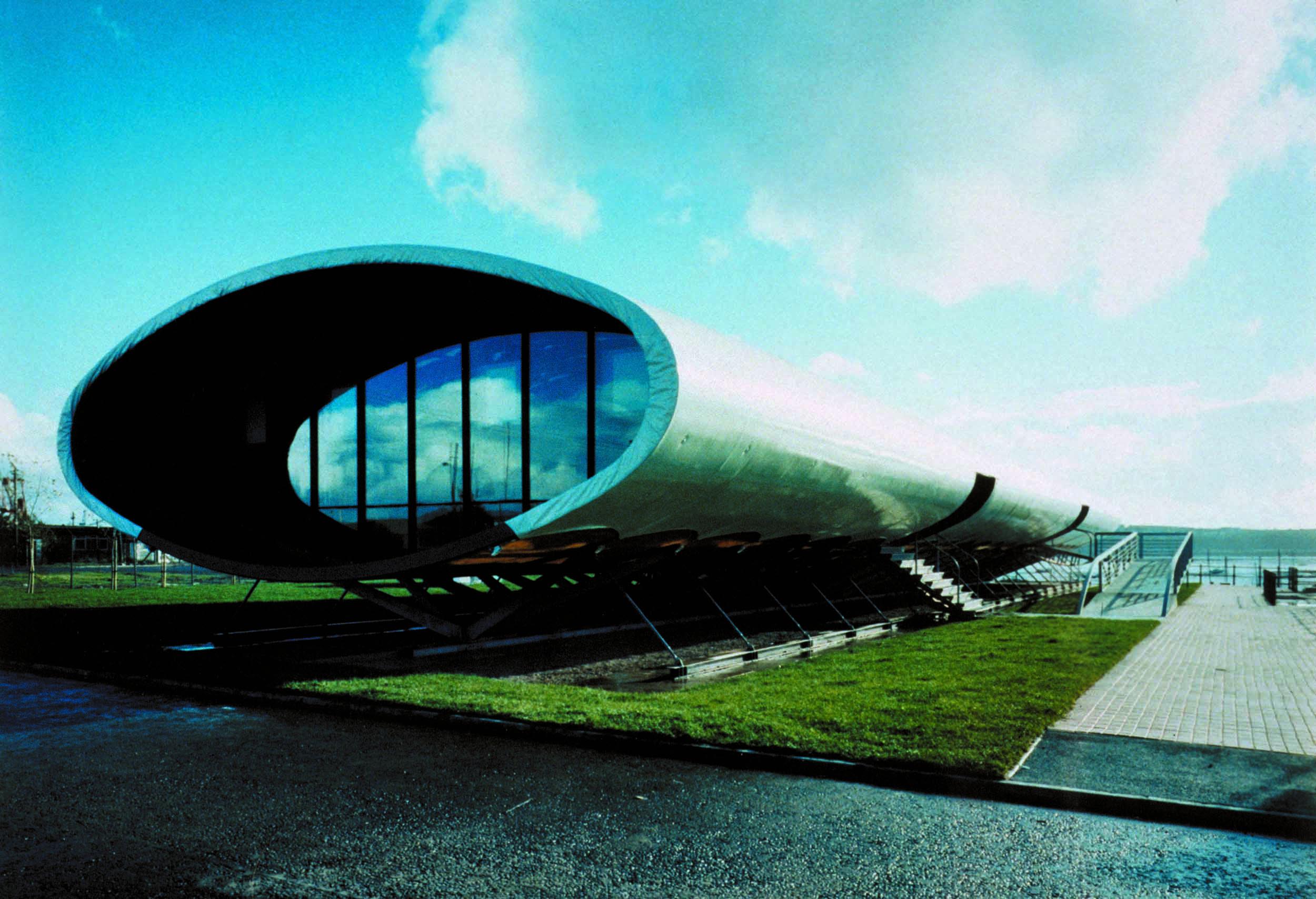 0241_Cardiff_Bay_Visitor (24).jpg