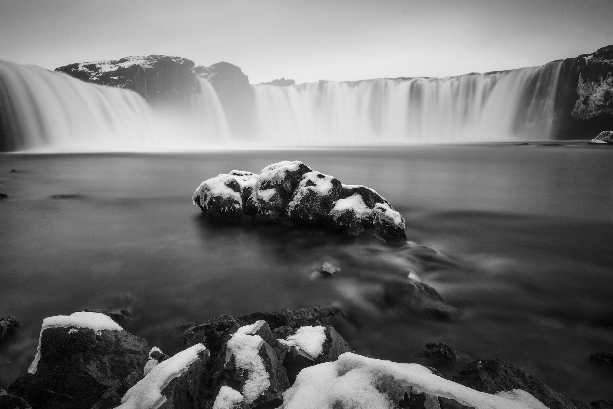 20170406211032_Iceland_By_EjunLow_1396v01.jpg