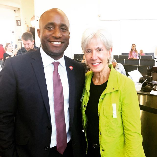 It was a nice day in Washington connecting with our senators from Missouri and Kansas. I got an extra special treat when during a two hour flight delay, I was able to get some advice and a meal invite from Secretary/Governor Sebelius. #thanksobama #lemonsintolemonade #BuyMoKanFirst #chiefskingdom