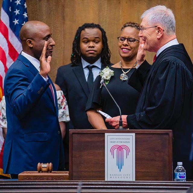 Thank you Kansas City. I welcome the challenge. I welcome your prayers. I welcome the hard work ahead. #InaugurationDay #MayorQ 📸 @rivas__photography