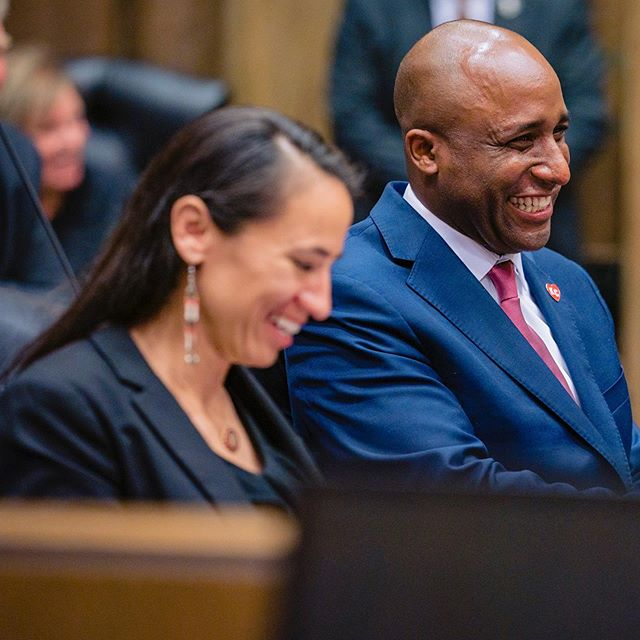 Thanks once again to my old friend, Sharice @repdavids for speaking at my inauguration yesterday. We loved having you on the Missouri side and look forward to working together (for years to come!) for the best for our region. #KC #MayorQ #MoKan #kansascity #Cornell #CornellLaw