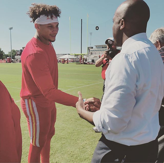 Thanks to the @chiefs for welcoming me out to training camp this week. It was nice to visit with #KansasCity Mayor @patrickmahomes , @mathieu_era , Coach Reid and so many of our players, particularly to discuss their work with young people in the #KCMO community. They're having a great impact there.  Added bonus was that I got to spend time with my friend @govparsonmo — still a Chiefs season ticket holder and his special young guest. One fan asked for an autograph and then only later figured out I never played or coached in the NFL.  #chiefskingdom #mokansports #KCMayor #StJoeMo #816 #chiefscamp