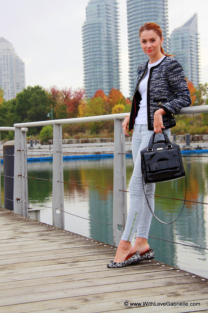 I AM WEARING:    Juicy Couture Tweed Clara Jacket // Three Dots Tee // 7 for All Mankind Cords // Marc by Marc Jacobs Lace Mouse Flats // Kate Spade Bow Bridge Little Kennedy Purse // Hermes Clic H Bracelet