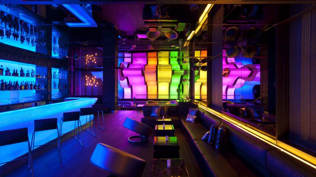 w-montreal-hotel-wunderbar-lounge-1024x576.jpg