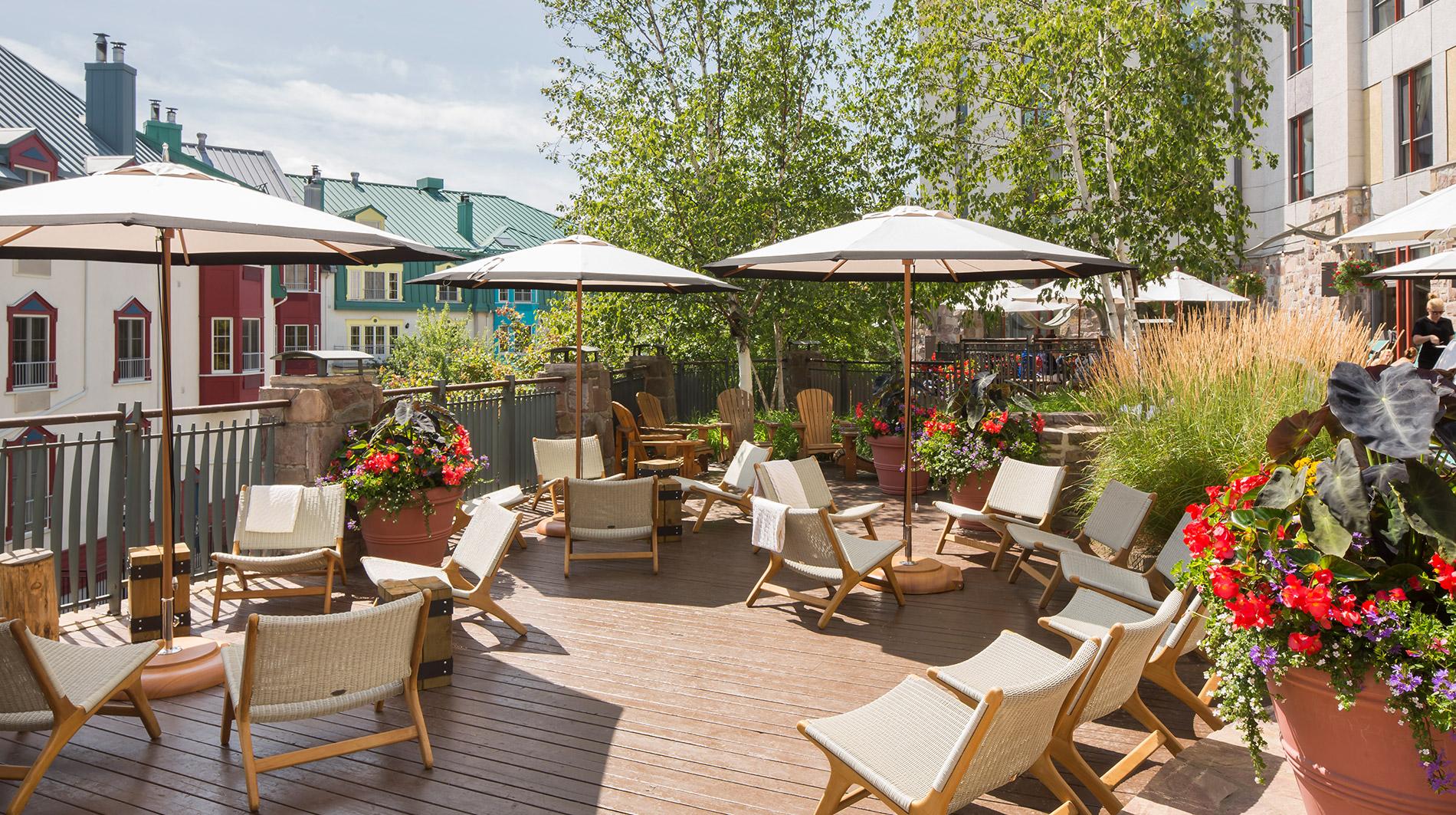 Fairmont-Tremblant-summer-pool-terrace.jpg