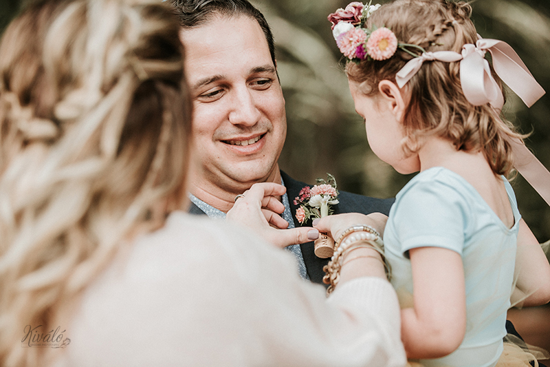 Weddings - lush, romantic, timeless arrangements